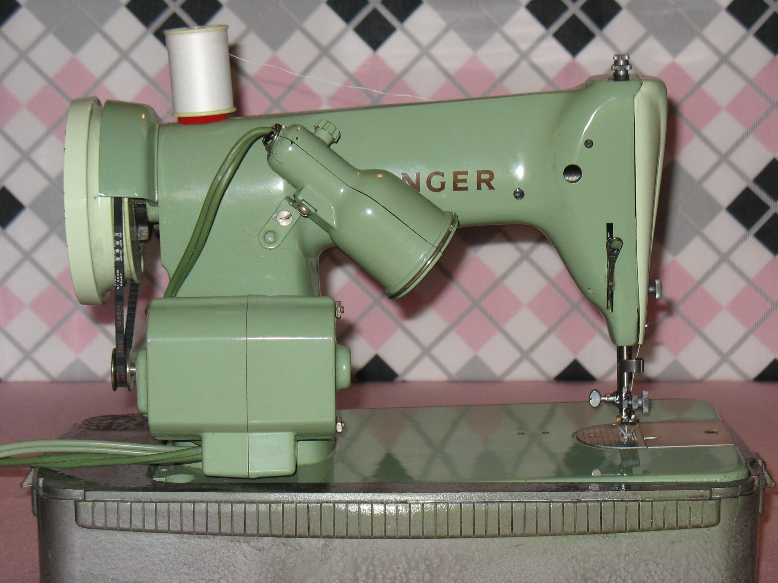Green Singer 185j Sewing Machine A Review Updated 12 1 11 221 K Threading Diagram As