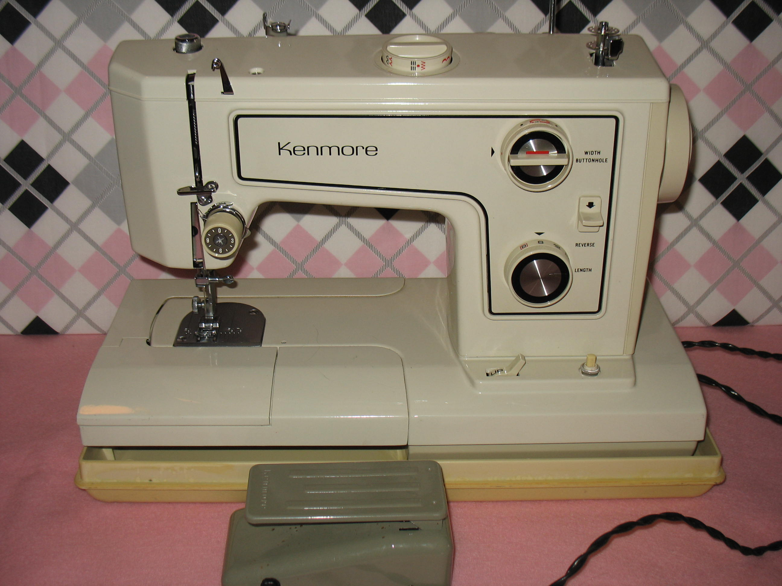 sears kenmore model 1560 sewing machine a