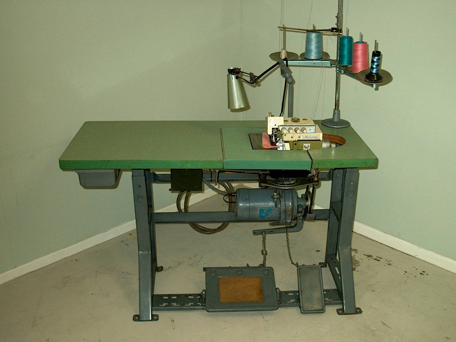 Vintage Sewing Machine Heavy Duty Industrial Strength